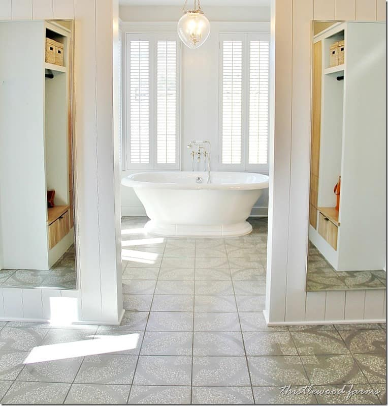 southern-living-idea-house-bathroom