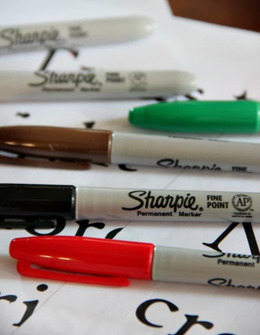 printed-burlap-ribbon-sharpie