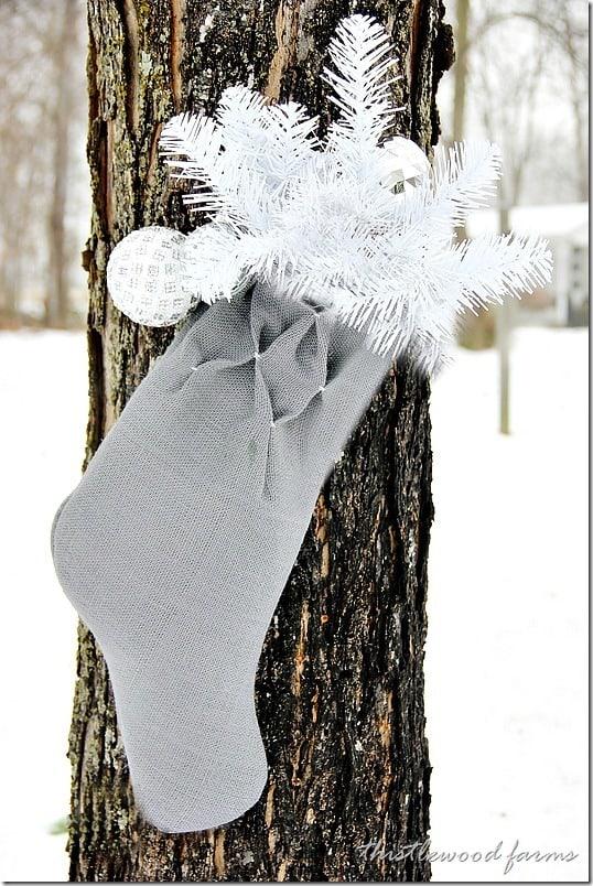 smocked-burlap-stocking-diy