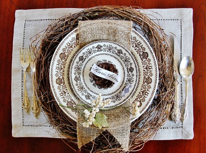 Ideas for thanksgiving table settings thistlewood farm for Place setting ideas