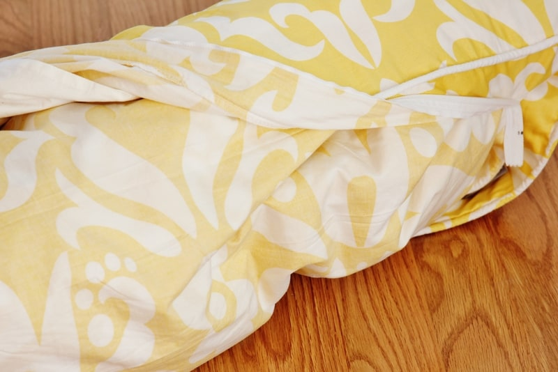 how to put on a duvet cover diy