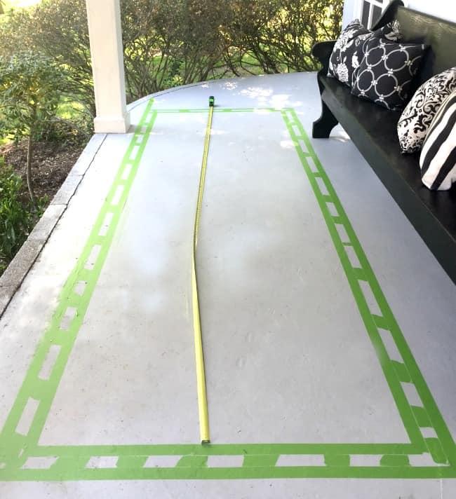 faux-painted-rug-diy1