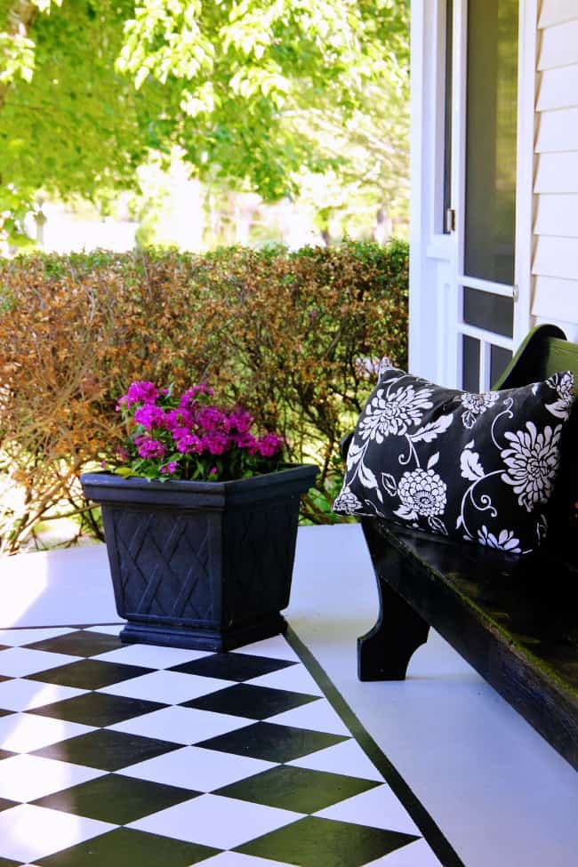 fuax-painted-rug-on-porch