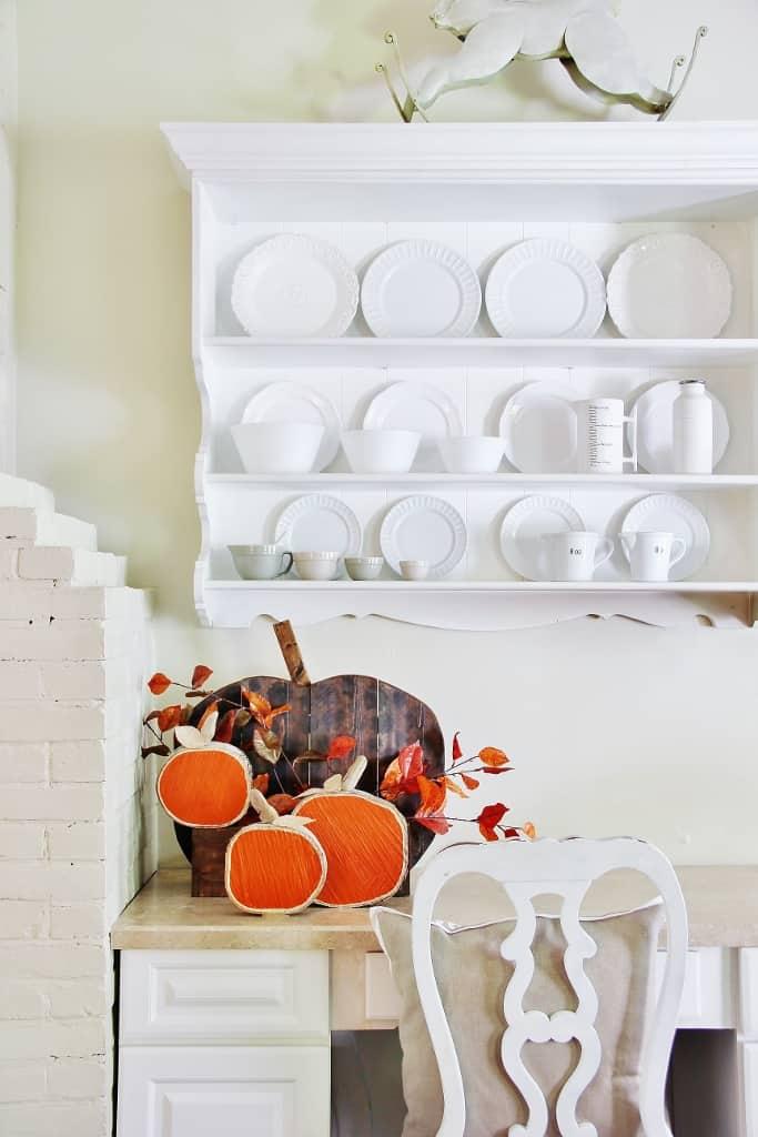 DIH Rustic Pumpkin Stand