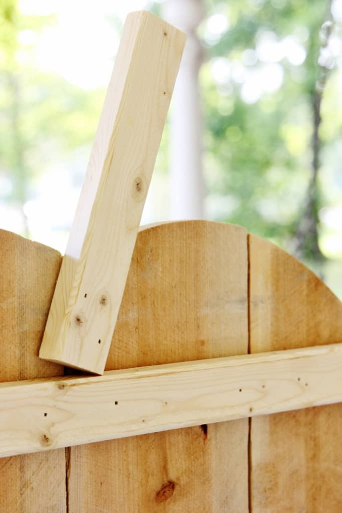 DIH Rustic Pumpkin Stand  How To