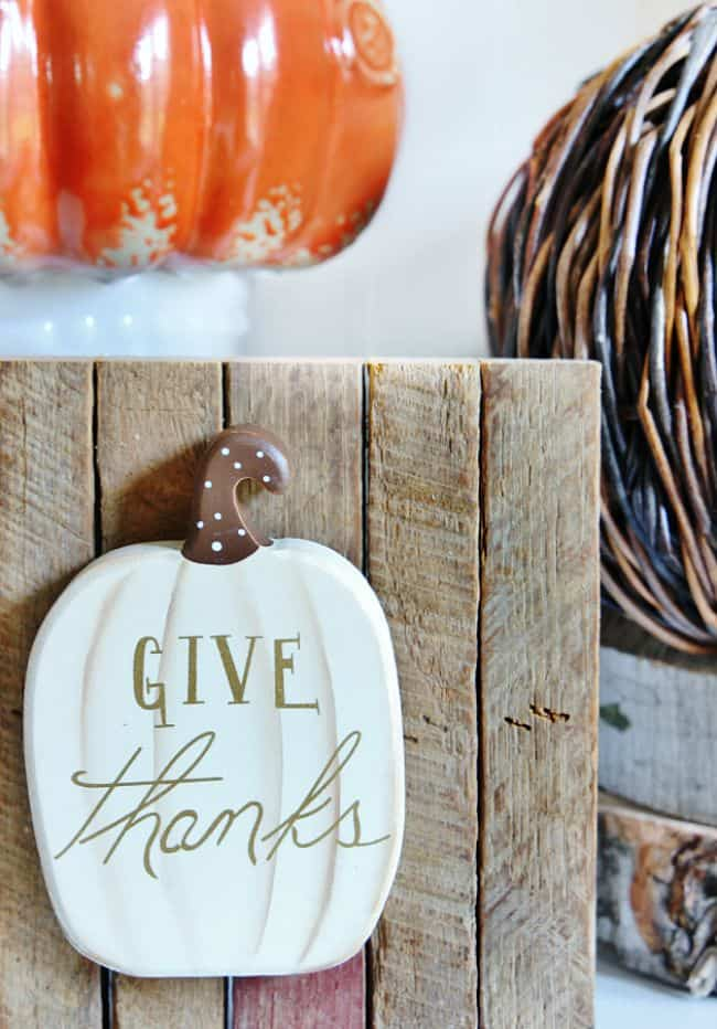 thankful pumpkin sign