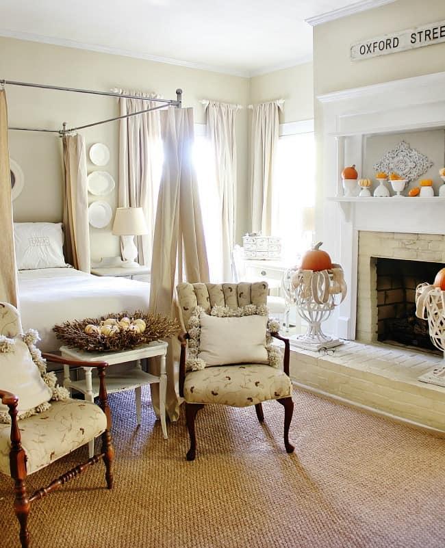 fall decorating bedroom