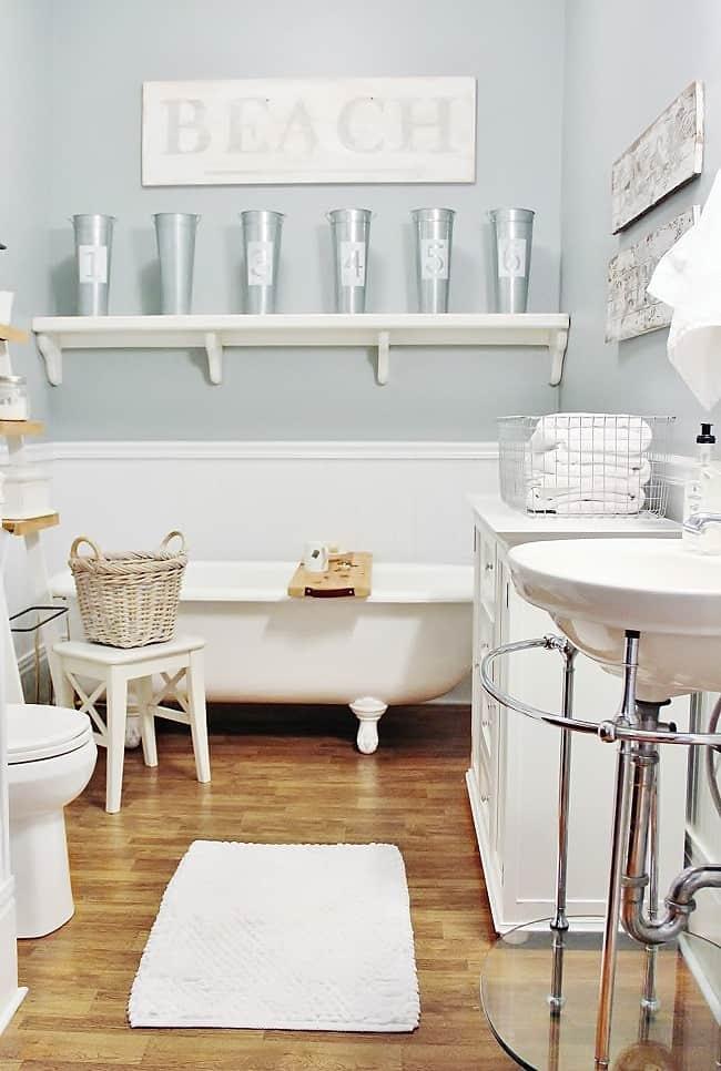 vintage bathroom (650x966)