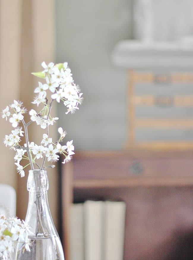 flowers dining room