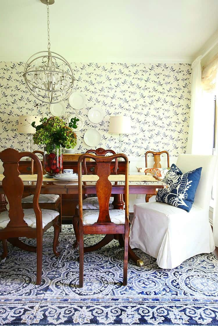 a summer in a blue and white dining room